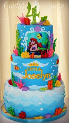 Beyond Perfect Princess Birthday Party Ideas to Inspire Little Mermaid Birthday Cake, Little Mermaid Cakes, Sirenita Cake, Ariel Cake, Sea Cakes, Cupcakes, Disney Cakes, Girl Cakes, Themed Cakes