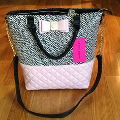"""NEW w/ tag Betsey Johnson Handbag Another stunning Be My Honey Tote !!!  Beautiful pastel pink for the Spring !  Has handles as well as shoulder strap and interior has a zipper compartment and pockets for your cell phone, keys etc.  Top zip closure.  Measures approx. 15"""" L X 14"""" H.  This is a very large and roomy bag !  Shoulder has an approx. 19"""" drop.  Gorgeous !!!! Betsey Johnson Bags"""