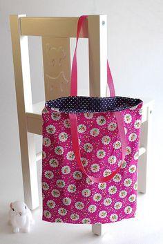 Petit sac cabas, tote bag bleu marine à pois blancs et rose à fleurs   56a7b8a3ed3