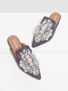 c72bc7007dd Faux Pearl Decorated Flat Mules
