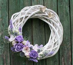 Nylon Flowers, Diy Flowers, Willow Wreath, Grapevine Wreath, Easter Wreaths, Christmas Wreaths, Corona Floral, Lavender Wreath, Wedding Wreaths
