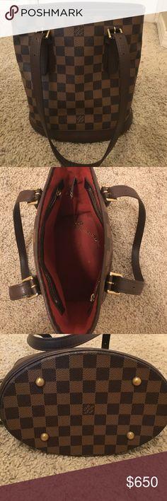 """LOUIS VUITTON Petite Damier Ebene Marais Bag LOUIS VUITTON Petite Damier Ebene Marais Bucket Bag Purse   9""""L x 10""""H x 6""""W  product SD1003. Looks new. Gently used. Authentic. Louis Vuitton Bags Shoulder Bags"""