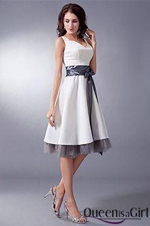 Vestido blanco y dorado 350