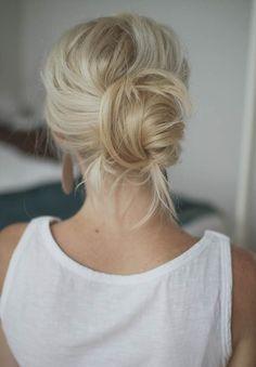 Niedbały koczek - fryzura na bad hair day
