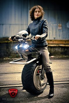 It's electric and you straddle it. Custom Motorcycles, Custom Bikes, Cars And Motorcycles, Concept Motorcycles, Electric Scooter, Electric Cars, Electric Cycle, Electric Vehicle, Bike Garage