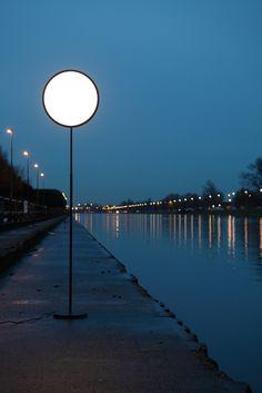 "Lampada ""Moon"" di Nathalie Dewez (Moon Lamp)"