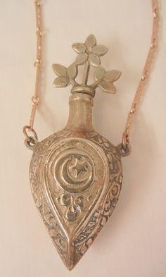 PERFUME BOTTLES on Pinterest | Glass Perfume Bottles, Perfume and ...
