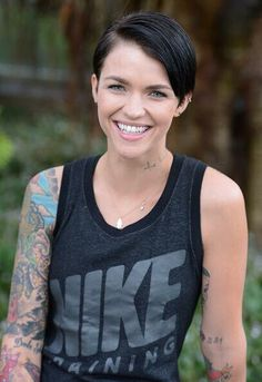 New/old photos from a photoshoot Ruby Rose did in 2012 Ruby Rose Dj, Rose Queen, Australian Models, Orange Is The New Black, Tomboy Fashion, Celebs, Celebrities, Woman Crush, Me As A Girlfriend