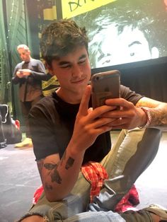 Kian lawley on pinterest kian lawley o2l and he is