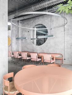 The Casaplata is a modern restaurant in Seville combines an industrial atmosphere with an artsy flair and a delicate design furniture. Architecture Restaurant, Restaurant Interior Design, Cafe Interior, Interior Architecture, Interior And Exterior, Restaurant Interiors, Concrete Architecture, Interior Concept, Room Interior