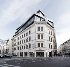 Renovation and Heightening in Margaretenstrase 9 / Josef Weichenberger Architects. © Erika Mayer
