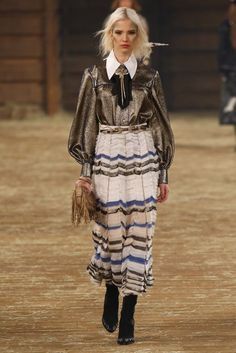 Chanel | Pre-Fall 2014 Collection | Vogue Runway