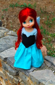 Can you tell I'm obsessed with Ariel's blue dress?   ;D
