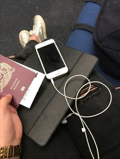 Travel! Airport Outfits, Mp3 Player, Vacations, Wanderlust, Travel, Holidays, Vacation, Viajes, Traveling