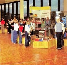 https://flic.kr/p/xvgVZf | DDR Pionierpalast,DDR Kinder,DDR Pioniere