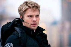 Is there a picture of him where he doesn't look totally epic? David Paetkau, Flash Point, Cop Show, Movie Tv, Real Life, Fangirl, No Response, Drama, The Unit