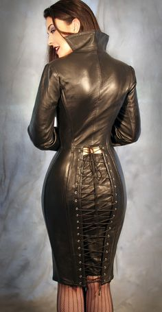 Leather Corset, Leather And Lace, Sexy Rock, Hobble Skirt, Leder Outfits, Leather Dresses, Mannequins, The Dress, Coat Dress