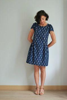 robe Forget-me-not de la toute jeune marque de patrons Slow Sunday.