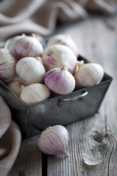 I just downed 2 ENORMOUS  garlic cloves with only water, this seems a little more appetizing...Natures Cures: The Common Cold | Darling Magazine  (This sounds revolting, but serious.)