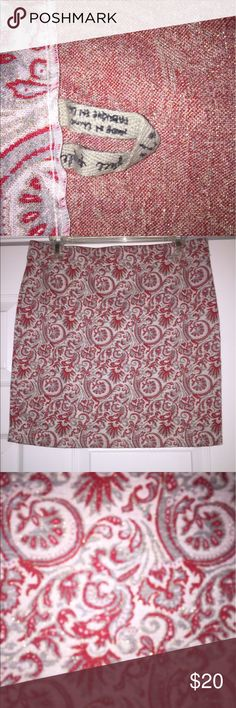 Red and gold free people sweater skirt Red, gray, and gold free people mini sweater stretch skirt! Free People Skirts Mini