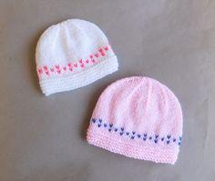 Marianna's Lazy Daisy Days: PIP Baby Hat