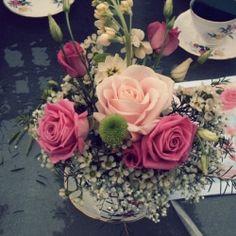 How-to make your own Vintage Teacup Flower Arrangement