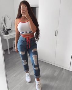 Anzeige/Werbung/Advertisement (wegen Markenerkennung) - Stop giving to people who give you ———————————————————————— Swag Outfits For Girls, Teen Fashion Outfits, Teenager Outfits, Cute Casual Outfits, Cute Fashion, Girl Outfits, Womens Fashion, Fashion Photo, Tumblr Outfits