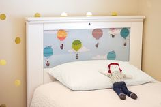 lightheaded bed with hot air balloons via @Alma Loveland