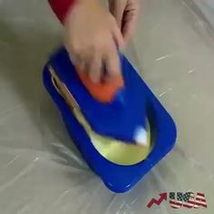 Wall Painting has never been as easy as with this Amazing Pain Roller. You Can Professionally Paint anything without any knowledge of Paint. Can paint any wall regardless of the degree of texture. Does not drip, and holds much more paint than regular rol Painting Tools, House Painting, Painting Hacks, Pallet Furniture, Painted Furniture, Useful Life Hacks, Home Repair, Cool Walls, Paint Brushes