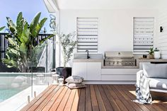 |The perfect addition to any home; a built in bbq area ⚡️ Design Outdoor Bbq Kitchen, Outdoor Kitchen Design, Outdoor Kitchens, Casa Patio, Built In Bbq, Outdoor Rooms, Outdoor Areas, Outdoor Decking, Bbq Area