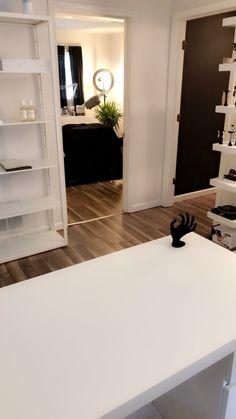 Skincare studio Esthetician Room, Entryway Bench, Skincare, Studio, Furniture, Home Decor, Entry Bench, Hall Bench, Decoration Home