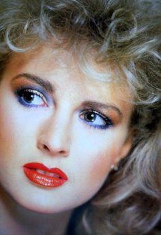 makeup Npady pro mdn make-up rty 1980 Makeup, 80s Makeup Looks, Retro Makeup, Vintage Makeup, Lip Makeup, Vintage Beauty, 1980s Makeup And Hair, Style Année 70, 1980s Style