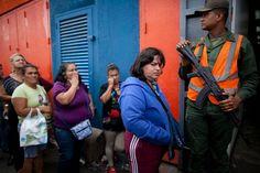 Gobierno De Maduro Limita Aún Más Compras En Supermercados De Venezuela