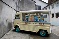 Citroen HY icecream claces