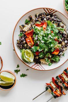 Grilled Fajita Burrito Bowl by Faring Well #Vegan