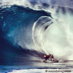 Classic surf moment of Tom Curren at Off The Wall 2004
