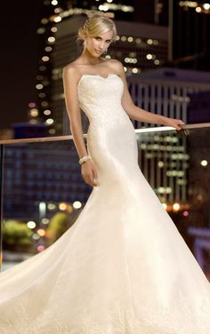 Essence of Australia A-Line Strapless Wedding Dress - Nearly Newlywed