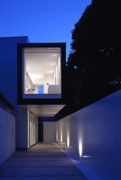 House with Court / K+S Architects