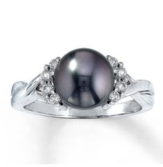 Pearl ring from Jared Galleria of Jewlery ❤