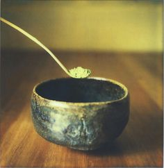 Matcha Green Tea has been drunk in Japan as part of the tea ceremony for almost 900 years, and is used by Buddhist monks to keep them alert, awake and focused during long days of meditation.