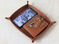 View our Leather Valet Tray - Large from the collection Unique Gifts For Men, Gifts For Him, Gifts For Women, Leather Valet Tray, Vintage Style, Vintage Fashion, Work Gifts, Christmas Gifts For Men, Leather Texture