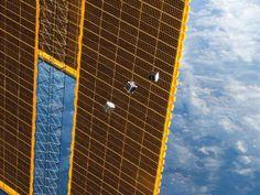 Tiny Satellites Leave Station
