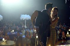 Still of Reese Witherspoon and Joaquin Phoenix in Walk the Line True story about Johnny Cash and June Carter. Wolverine 2009, Line Photo, Picture Photo, Johnny Cash Film, Dreamworks, Disney Pixar, Walk The Line Movie, Johnny E June, Marley And Me