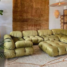 ideas plants ideas guest bedroom ideas for birthday ideas courtyard decor ideas ideas for home ideas room girl ideas in apartment Home Interior, Interior Styling, Interior Architecture, Bellini, Big Couch, Chaise Vintage, Decoration Design, Interior Design Inspiration, Design Ideas