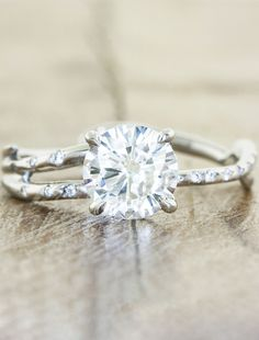 Nature inspired engagement ring - Melinda - absolutely love this one too. Adding to the hint hint list
