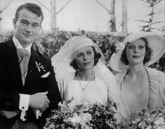 John Wayne married his first wife, Josephine Saenz, the daughter of the Panamanian Consul in Los Angeles, on June After the ceremony, the couple and guests celebrated at the home of Loretta Young (right). Loretta Young, John Wayne, Hollywood Stars, Classic Hollywood, Old Hollywood, Hollywood Pictures, Celebrity Couples, Celebrity Weddings, Wayne Family