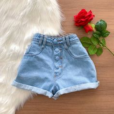 Cute Casual Outfits, Short Outfits, Summer Outfits, Girls Denim Shorts, Cute Shorts, Jean Shorts, Teen Fashion Outfits, Girl Outfits, Denim Outfits