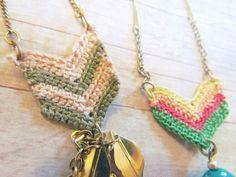 Crochet chevron necklaces pattern | http://mytwobutterflies.blogspot.com.au/2012/03/crochet-chevron-necklace-pattern.html