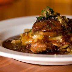 Plogue à Champlain du restaurant Au pied de Cochon. Chef Martin Picard.