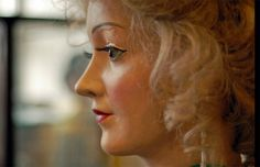 An automaton from http://www.bbc.co.uk/news/in-pictures-17893316#